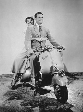 Audrey-and-Gregory-Peck-audrey-hepburn-11052294-327-440