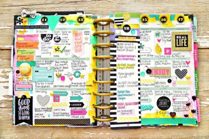 painty+May+weekly+spread+in+the+Happy+Planner+of+mambi+Design+Team+member+Stephanie+Buice+_+me+&+my+BIG+ideas