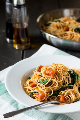 pumpkin-spinach-walnut-spaghetti-portion-800x1200