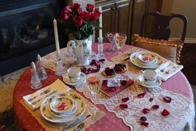 belle-bleu-interiors-romantic-table-for-two-14-1