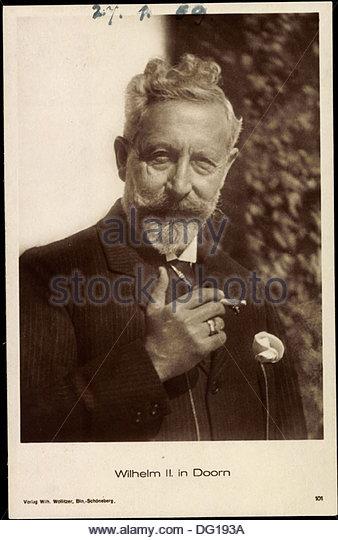 ak-kaiser-wilhelm-ii-von-preuen-in-doorn-mit-zigarette-dg193a.jpg