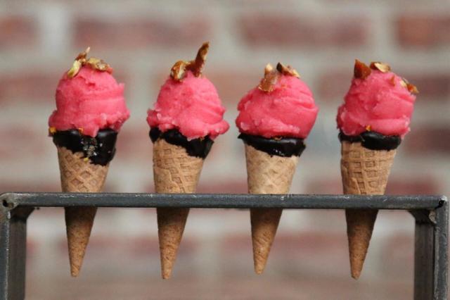 blog-decadent-desserts-boulton-love-bites-boulton-copy
