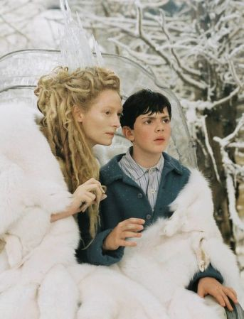 58f2475efb6b28a8d807b1fad16731ca--white-witch-narnia-jadis-the-white-witch