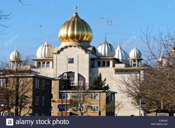 sikh-temple-in-southall-west-london-EJ9C4E