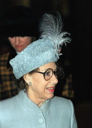 princess-margaret-royal-fashion-74